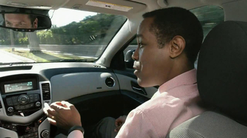 2013 Chevrolet Cruze LS TV Spot, 'Road Trip Test Drive' - Thumbnail 4