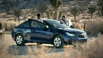 2013 Chevrolet Cruze LS TV Spot, 'Road Trip Test Drive' - Thumbnail 7