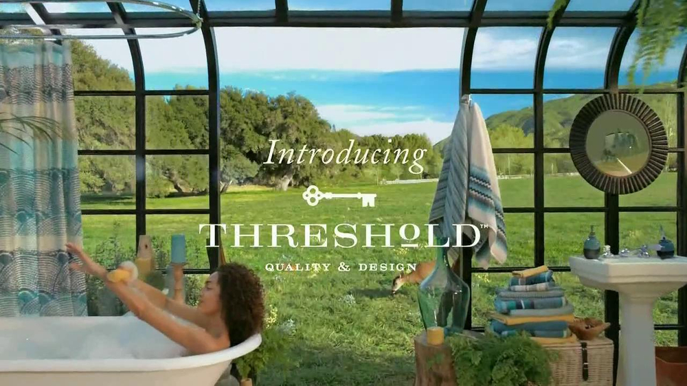 Target Threshold TV Spot, 'Home Tour' Original Song by CSNY - Screenshot 10