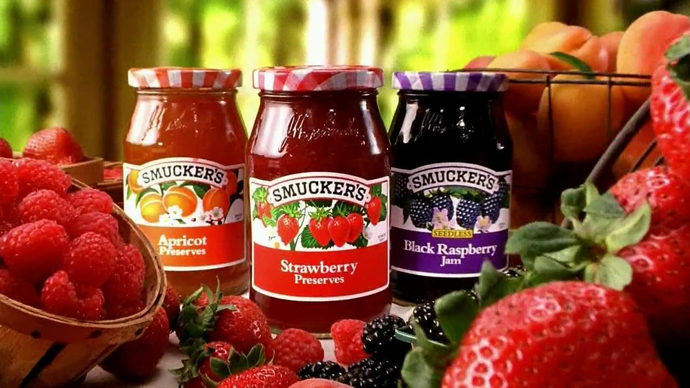 Smucker's Strawberry Preserves TV Spot, 'In the Jar' - Screenshot 7