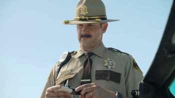 GEICO TV Spot, 'Maxwell the Piggy Gets Pulled Over' - Thumbnail 6