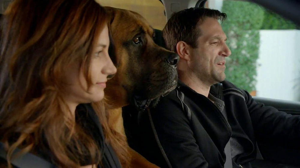 2013 GMC Acadia SLE-1 TV Spot, 'Backseat Dog' Song by Lenka - Screenshot 3