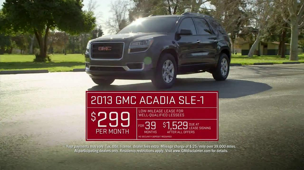 2013 GMC Acadia SLE-1 TV Spot, 'Backseat Dog' Song by Lenka - Screenshot 8