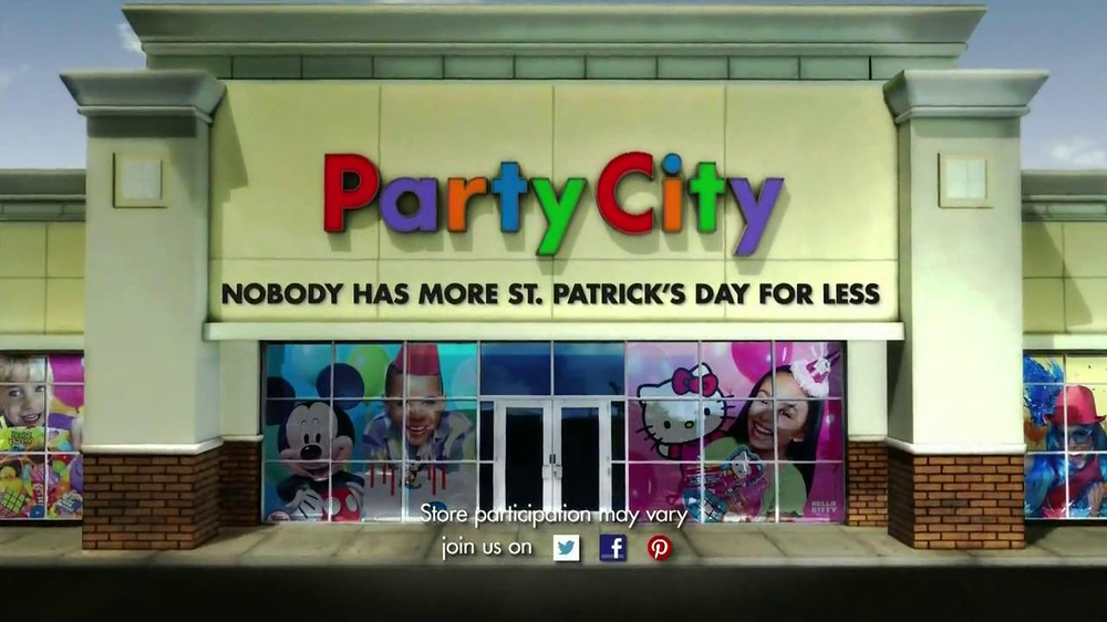 Party City TV Spot, 'St. Patricks Day Party' - Screenshot 9