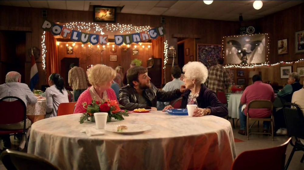 Velveeta TV Spot, 'Potluck' - Screenshot 5