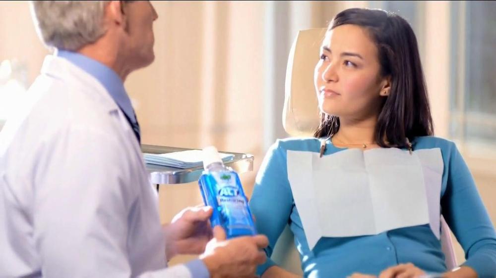 Act Restoring Mouthwash Act Restoring Fluoride tv Spot
