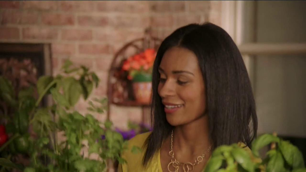 Miracle-Gro Gro-ables TV Spot  - Screenshot 1