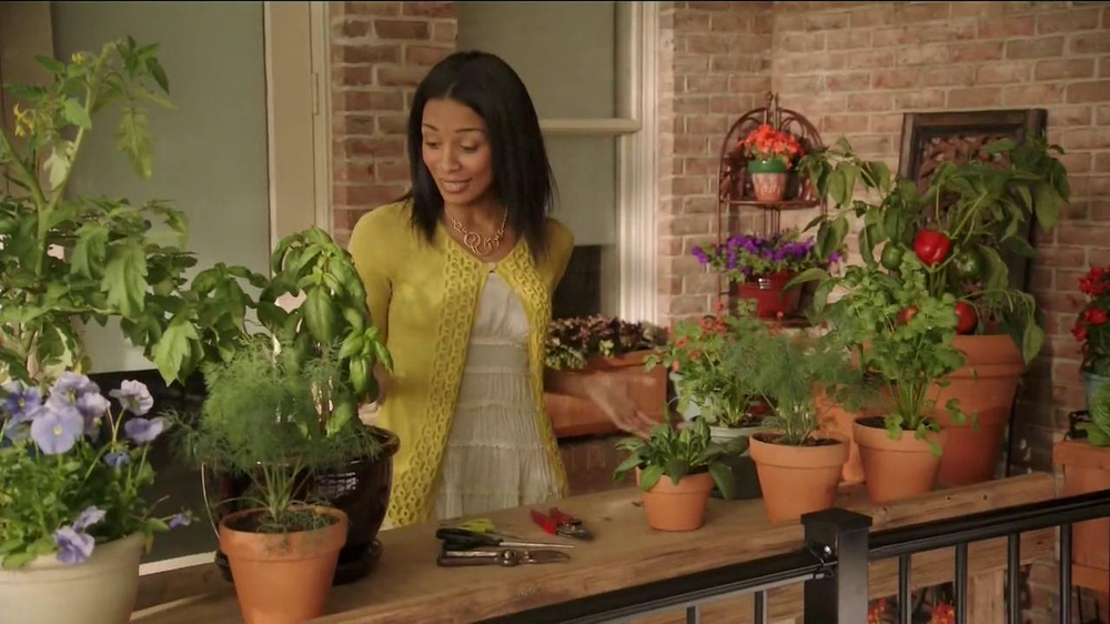 Miracle-Gro Gro-ables TV Spot  - Screenshot 3