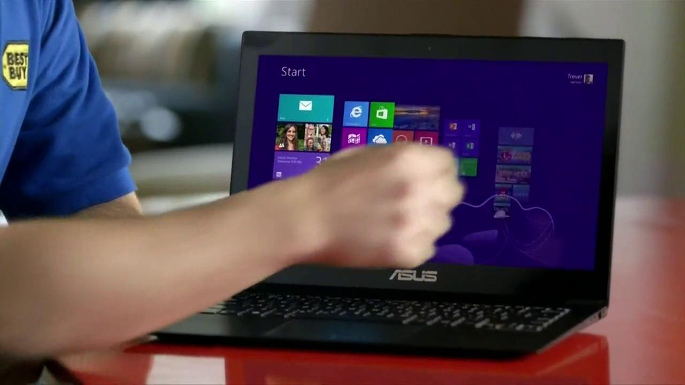 Best Buy Blue Shirt Beta Test TV Spot, 'Windows 8' - Screenshot 4