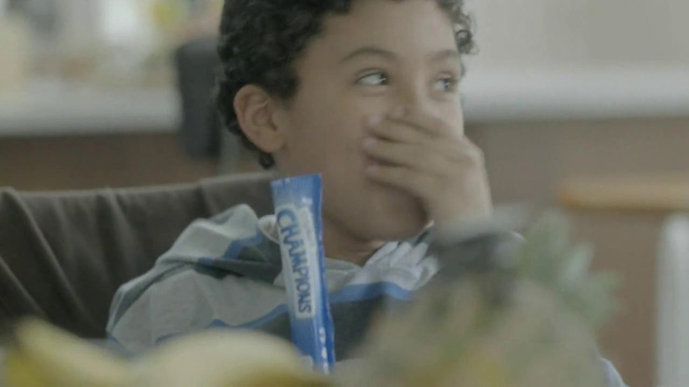 Chobani  TV Spot, 'Factory' Song by Andrew Bird - Screenshot 9