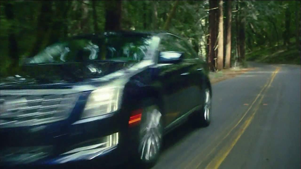 2013 Cadillac XTS TV Spot, 'Look Again' Song by Victory - Screenshot 5