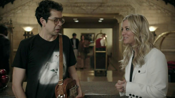 Priceline.com TV Spot, 'Cat Guy' Featuring Kaley Cuoco - Thumbnail 7