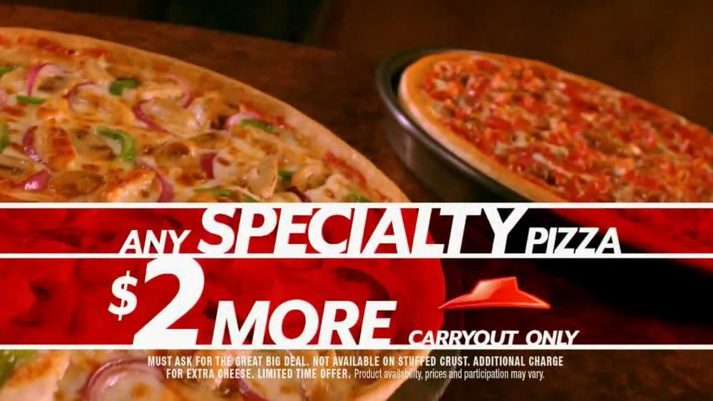 Pizza Hut Great Big Deal TV Spot, 'Carryout or Specialty' - Screenshot 5