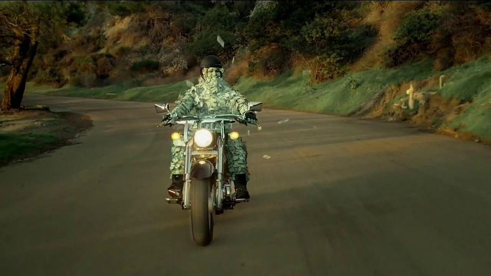 GEICO Motorcycle Insurance TV Spot, 'A Ride' Song by The Allman Brothers - Screenshot 5