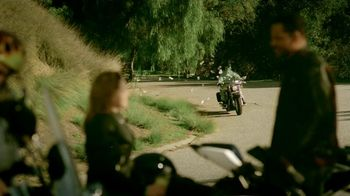 GEICO Motorcycle Insurance TV Spot, Song by The Allman Brothers - Thumbnail 7
