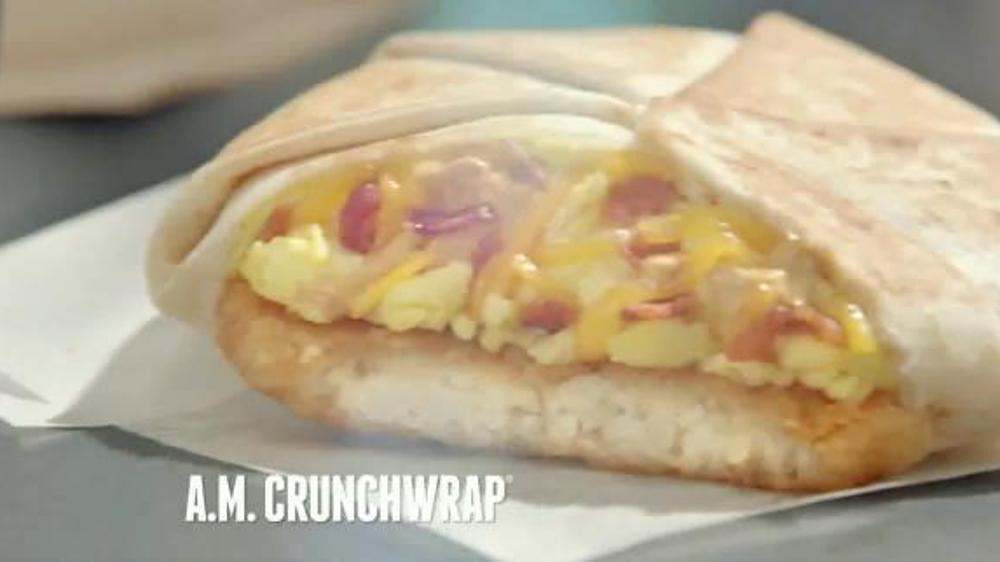 Taco bell a m crunchwrap tv spot one handed breakfast screenshot