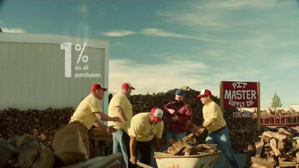 Bank of America TV Spot, 'Norm the Barbecue Champ' Song by Lynyrd Skynyrd - Screenshot 3