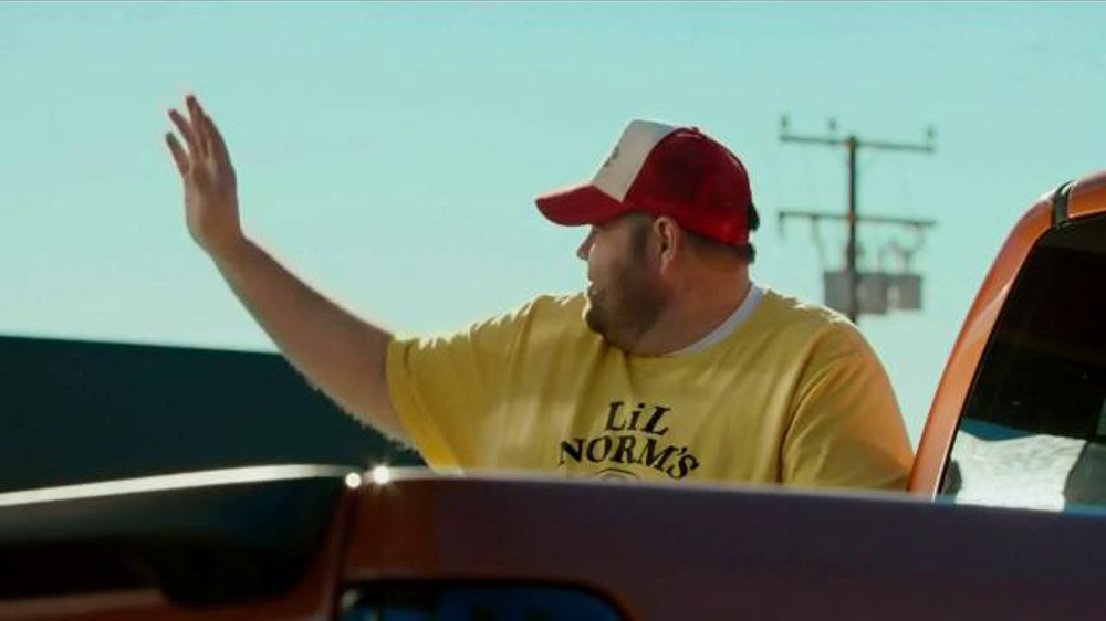 Bank of America TV Spot, 'Norm the Barbecue Champ' Song by Lynyrd Skynyrd - Screenshot 6