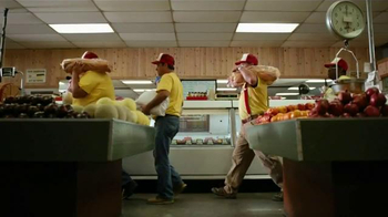 Bank of America TV Spot, 'Norm the Barbecue Champ' Song by Lynyrd Skynyrd - Thumbnail 5