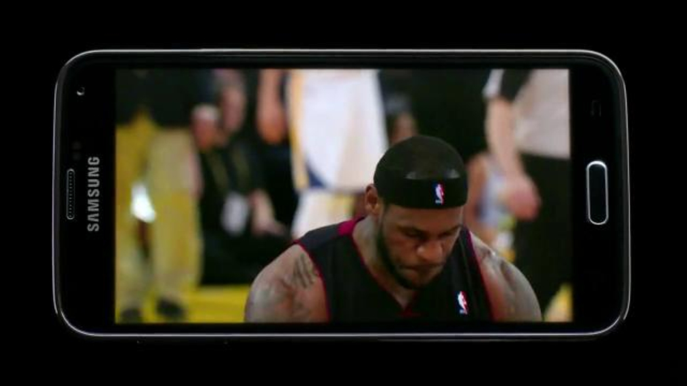 Samsung Galaxy S5 TV Spot, 'Lebron App' - Screenshot 5