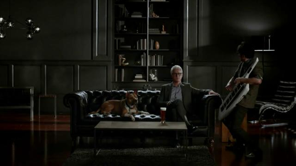 Honeywell Wi-Fi Thermostat TV Spot Featuring John Slattery - Screenshot 4