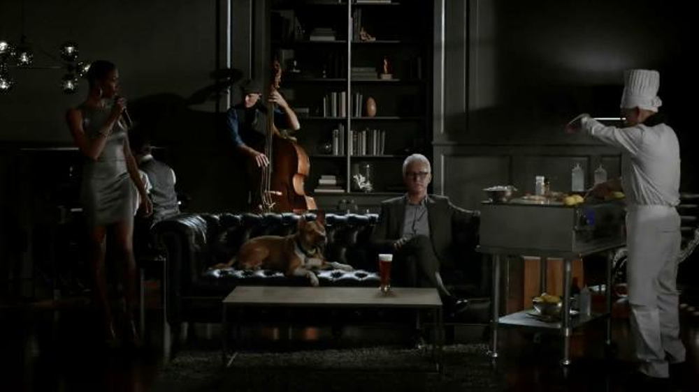 Honeywell Wi-Fi Thermostat TV Spot Featuring John Slattery - Screenshot 5