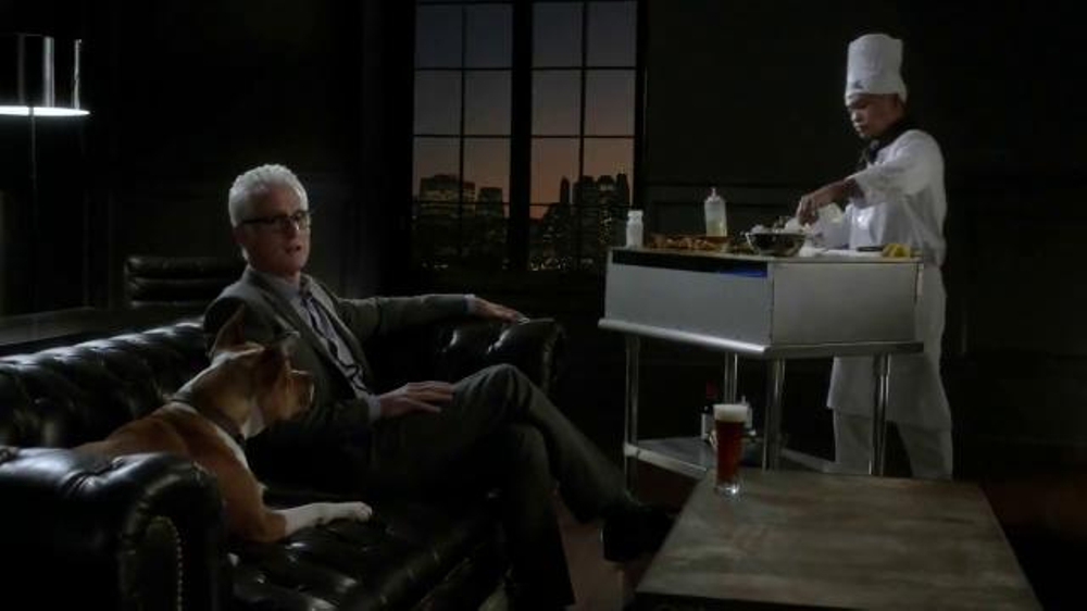 Honeywell Wi-Fi Thermostat TV Spot Featuring John Slattery - Screenshot 7