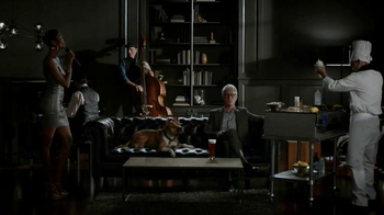 Honeywell Wi-Fi Thermostat TV Spot Featuring John Slattery - Thumbnail 6