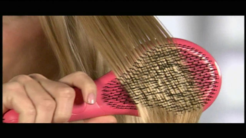 Michel Mercier TV Spot for Ultimate Detangling Brush - Screenshot 7