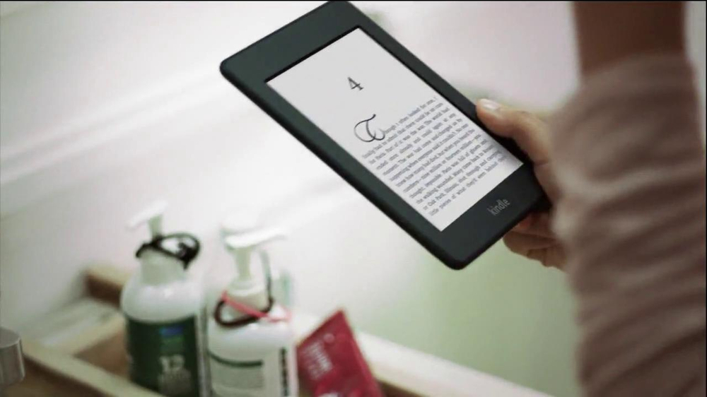 Amazon Kindle Fire HD TV Spot - Screenshot 2