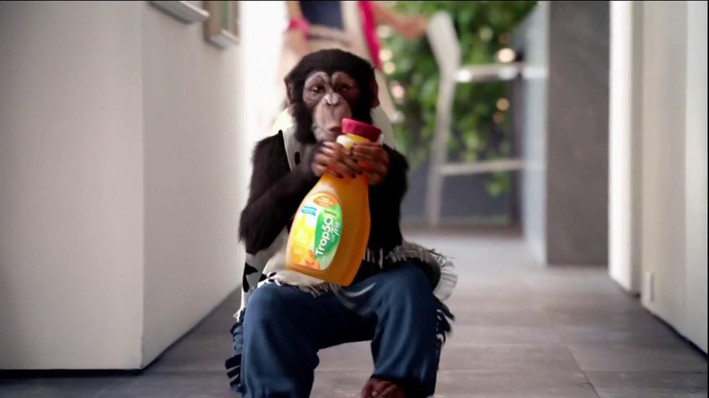 Tropicana Trop50 TV Spot, 'Circus Monkey' Featuring Jane Krakowski - Screenshot 9