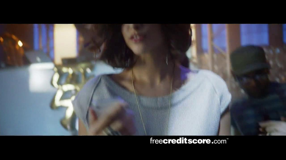 FreeCreditScore.com TV Spot, 'Club Concert' - Screenshot 8