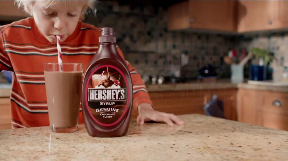 Hershey's Chocolate Syrup TV Spot, 'Stir It Up' - Screenshot 10
