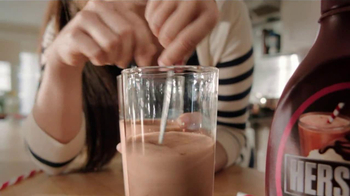 Hershey's Chocolate Syrup TV Spot, 'Stir It Up' - Thumbnail 7