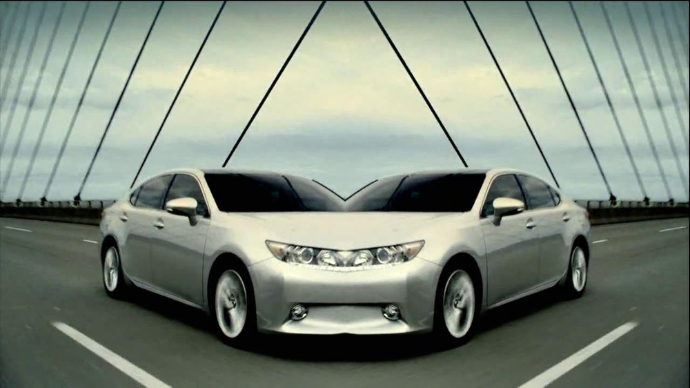 2013 Lexus ES 350 and ES 300h TV Commercial, 'Split World' - iSpot.tv