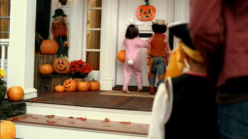 KitKat TV Spot, 'Trick or Treat'