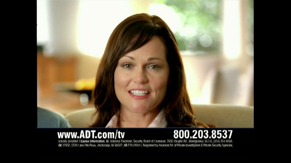 ADT TV Spot for Walking in on a Burglary - Screenshot 9