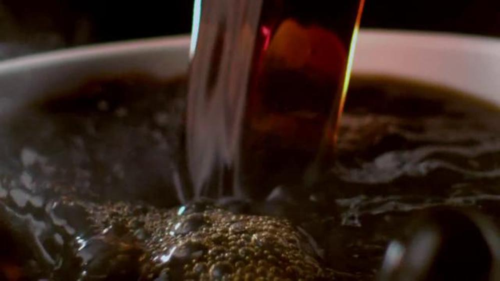 Dunkin' Donuts Dark Roast TV Spot, 'New Dark Roast' thumbnail