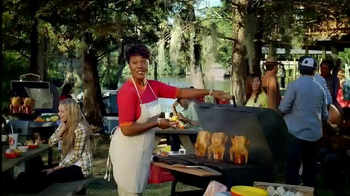 Popeyes Beer Can Chicken TV Spot, 'Barbecue Party'