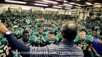 Tommie Copper TV Spot, 'Football'