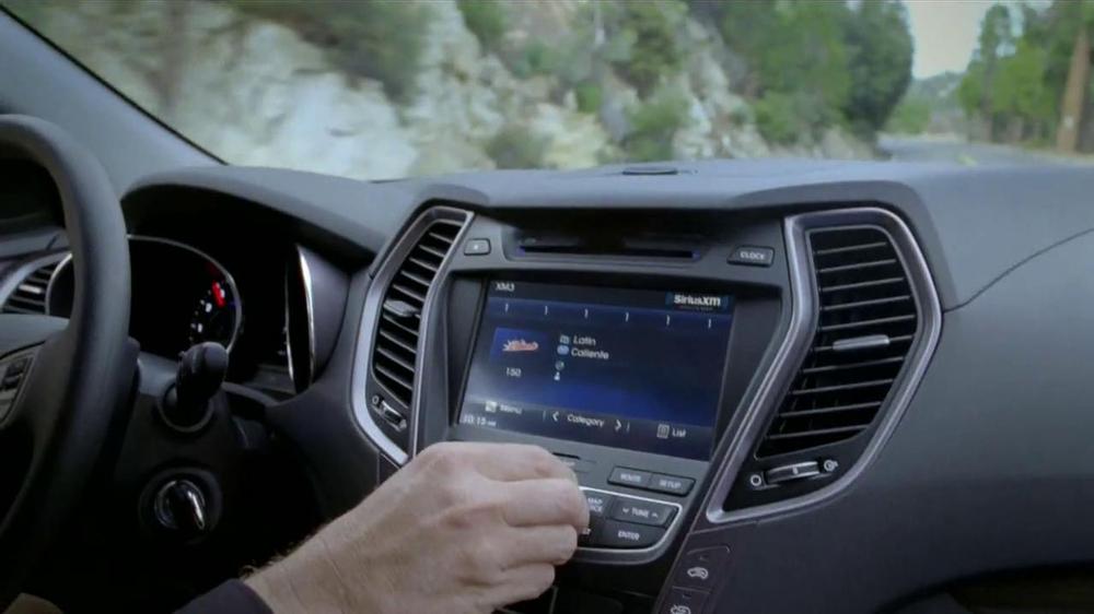 Hyundai Santa Fe TV Spot, 'Términos Musicales' [Spanish] - Screenshot 2