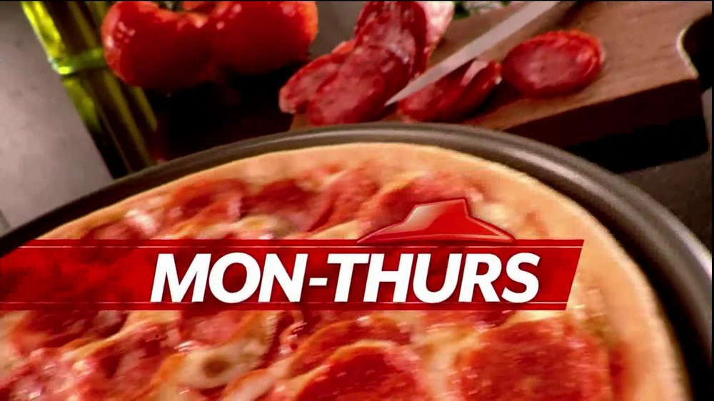 Pizza Hut $6.55 Large One-Topping Carryout TV Spot - Screenshot 5