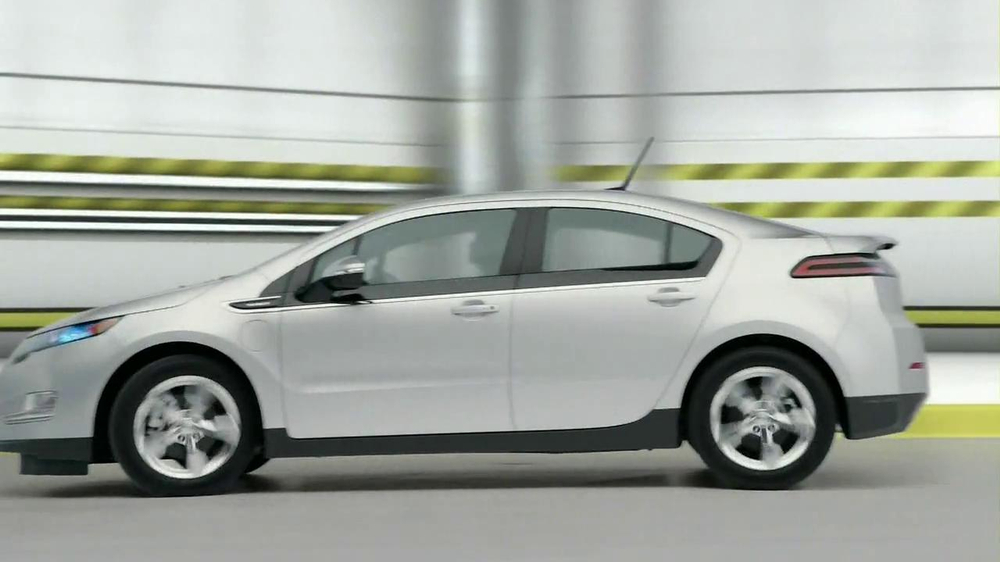 2013 Chevrolet Volt TV Spot, 'Backup Power' - Screenshot 5