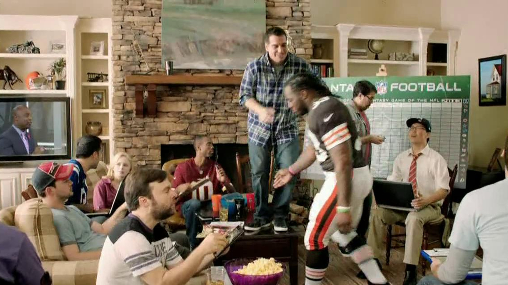NFL Fantasy Football TV Spot, 'Carry to Victory' - Screenshot 2