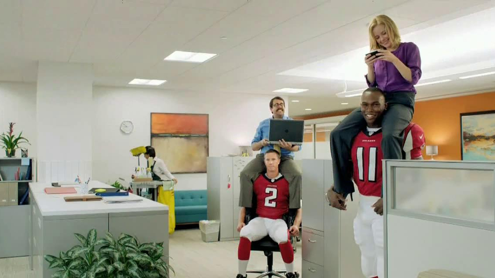 NFL Fantasy Football TV Spot, 'Carry to Victory' - Screenshot 8