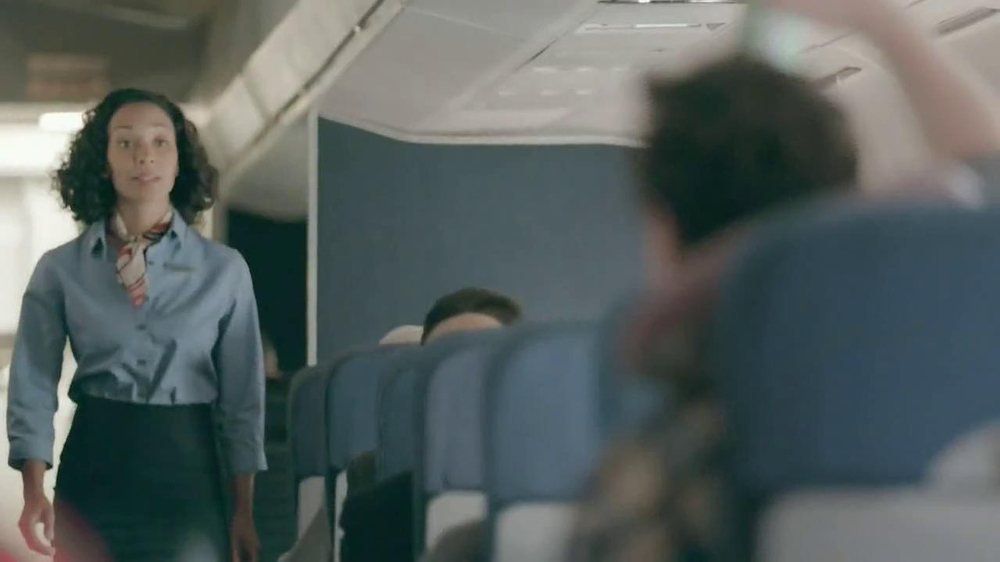 Samsung Galaxy S4 TV Spot, 'Airplane' - Screenshot 2