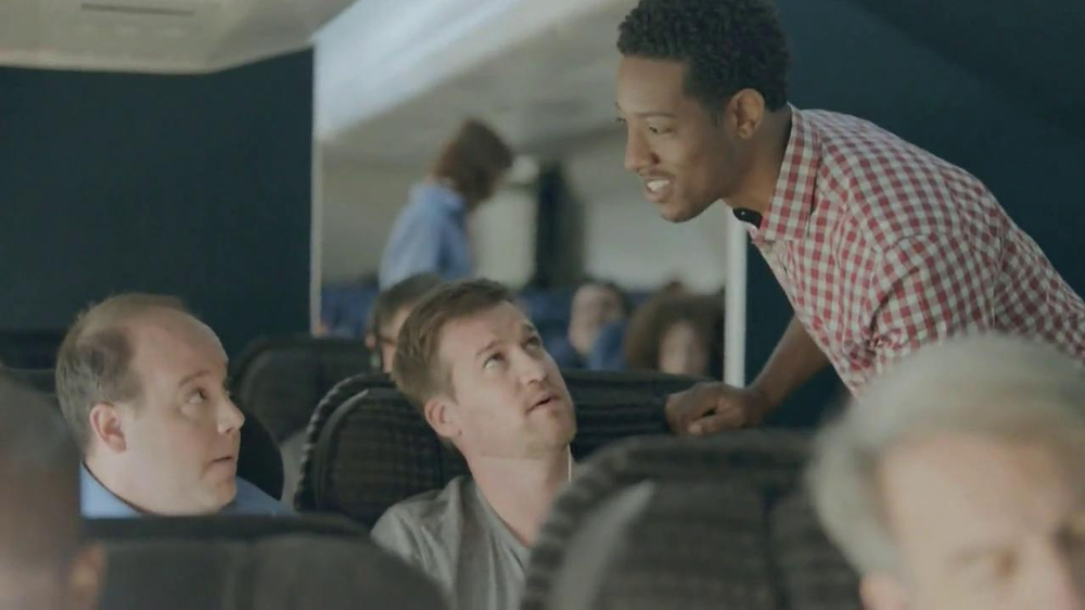 Samsung Galaxy S4 TV Spot, 'Airplane' - Screenshot 8
