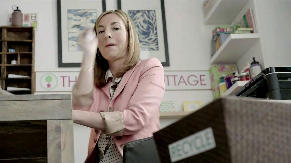 Chase Ink TV Spot, 'The Paper Cottage: Beth and Michelle' - Screenshot 9