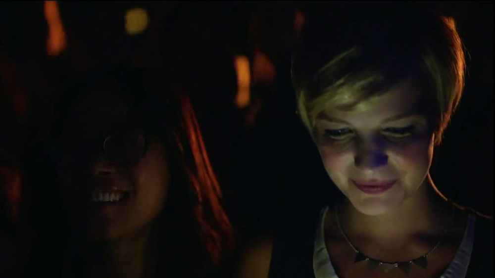 AT&T Nokia Lumina 1020 TV Spot, 'Concert' Song by The Colourist - Screenshot 2