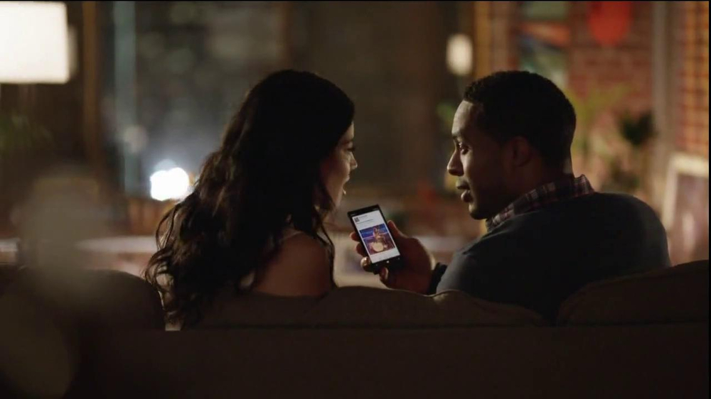 AT&T Nokia Lumina 1020 TV Spot, 'Concert' Song by The Colourist - Screenshot 7
